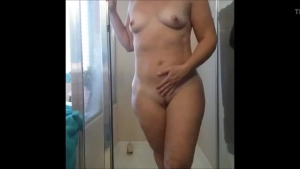 Sexy babe Elexis Rouge nailed in the shower