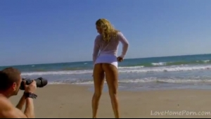 Hot jenna potter posing on the beach